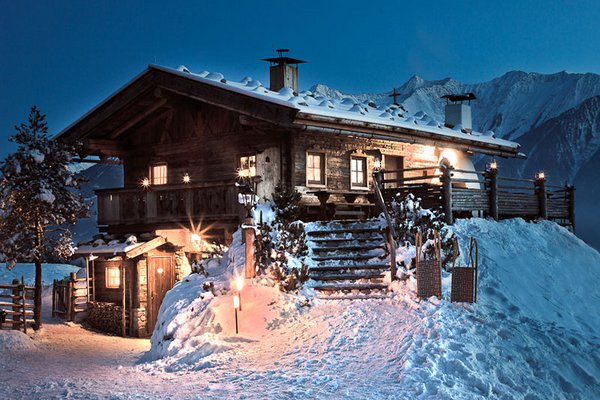 winter_stoettlalm_abend.jpg