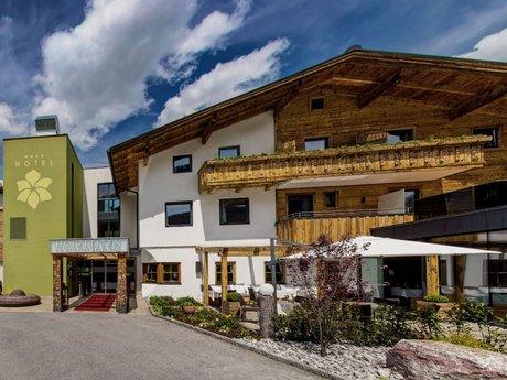 Bio-Wellnesshotel Holzleiten****